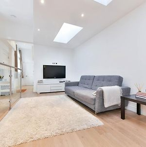 New Sleek And Smart 2Bd Flat In Fulham/Chelsea photos Exterior