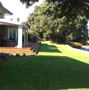 Absolute Waterfront Serenity Near Auckland photos Exterior