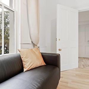 Refined Light 1 Bed Apt W Balcony In Brixton photos Exterior