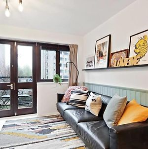 Artistic 2Bed In Hoxton W Balcony Close To Tube photos Exterior