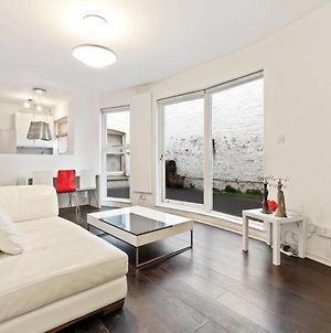 Spacious 1 Bed Flat W Patio In Central London photos Exterior