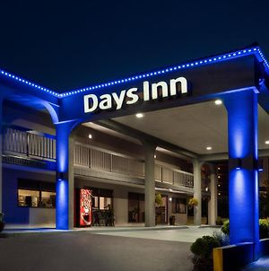 Days Inn By Wyndham Anderson photos Exterior