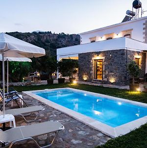 Traditional Villa In Fres photos Exterior