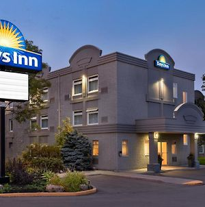 Days Inn By Wyndham Toronto West Mississauga photos Exterior