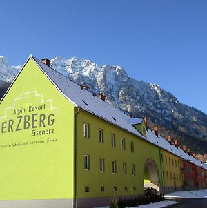 Apartment Erzberg Alpin Resort.23 photos Exterior