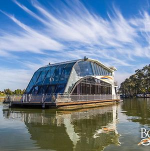 All Seasons Houseboats photos Exterior