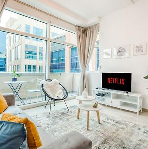 Cosy Studio Apartment In Bay Square By Guestready photos Exterior