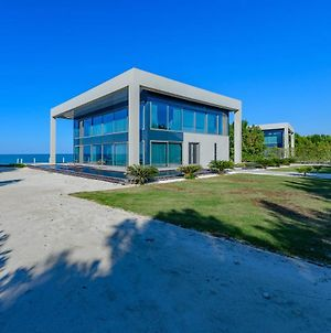 Nurai Luxury Sea Front Villa photos Exterior