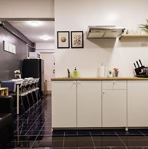 T2 2 Bedrooms 6 Guests Full Kitchen 1 Min To Bts photos Exterior
