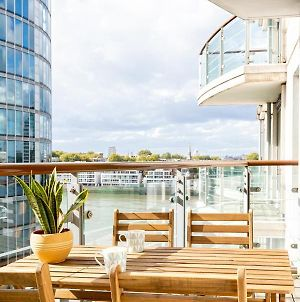 Riverside New Build With Balcony, 10 Minutes From Oxford Circus photos Exterior