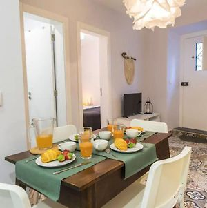 Renovated Alfama Apartment With Free Pick-Up, By Timecooler photos Exterior