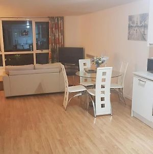 Very Spacious & Delightful City Centre 1 Bedroom Apartment photos Exterior