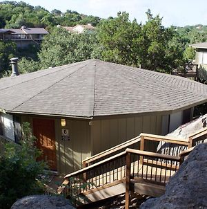Waterfront Bungalow Steps From Lake Travis, Pool & Hot Tub, Next To Marina photos Exterior