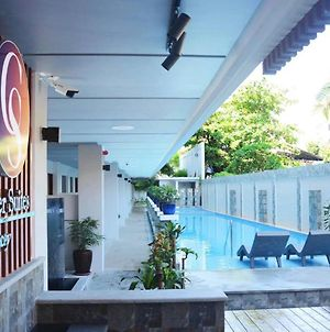 Commander Suites De Boracay photos Exterior