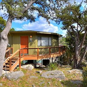Cedar Shade Bungalow, Tree House Views, Pool & Hot Tub, Next To Marina photos Exterior