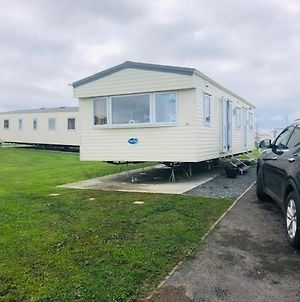 2 Bedroom Static Caravan 5* Sand Le Mere Holiday Village Near Withernsea, E. Yorkshire photos Exterior