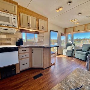 Wine Country Rv ~ Across From Paschal Winery ~ Minutes To Ashland photos Exterior