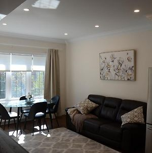 Best Location 2 Bedroom Close To Subway And High Park photos Exterior