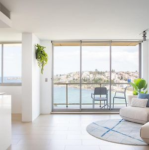 Coogee Beach Designer Penthouse With Parking photos Exterior