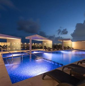 New Condo 130M2 Steps To Beach And 5 Ave -Roof Pool With Sea View- photos Exterior