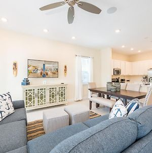 Inviting Cottage Near Disney With Hotel Amenities At Margaritaville 3048Sr photos Exterior