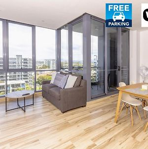 Luxury Modern Apartment In Southport With Hotel Facilities photos Exterior