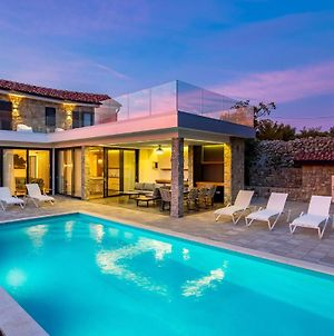 Stunning Home In Lun W/ Outdoor Swimming Pool, Outdoor Swimming Pool And 4 Bedrooms photos Exterior