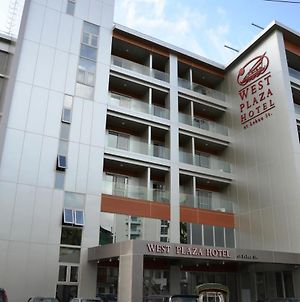 West Plaza Hotel At Lebuu Street photos Exterior