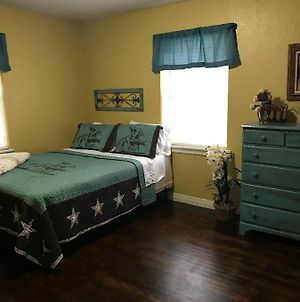 5 Bed Cowboy Home 1 Mi To Fort Sill photos Exterior