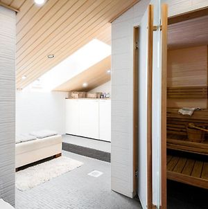 2Ndhomes Luxury 2Br City Penthouse With Sauna And Balconies photos Exterior