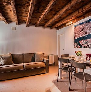 Cozy House-Close To Biennale And St. Mark Square photos Exterior