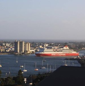 Devonport Views!!! photos Exterior