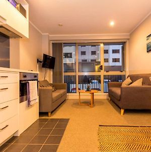 Cosy 2 Bedroom Apartment In The Heart Of Auckland photos Exterior