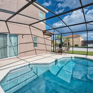 Close To Disney 4 Bed Town Home With Private Pool! Townhouse photos Exterior