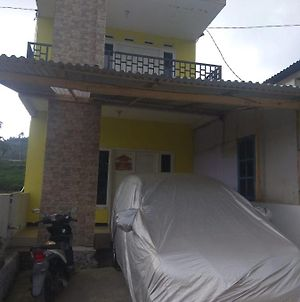 Palm Homestay Dieng photos Exterior