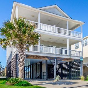 Pier Pressure - Second Row, 7 Bedroom, 7.5 Bathroom, Sleeps 18 photos Exterior