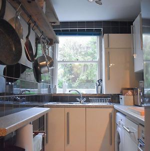 Bright And Cosy 1 Bedroom Flat Near The Train Station photos Exterior