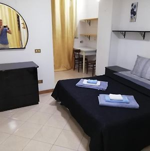 1 Room Apartment Near By Central Train Station photos Exterior