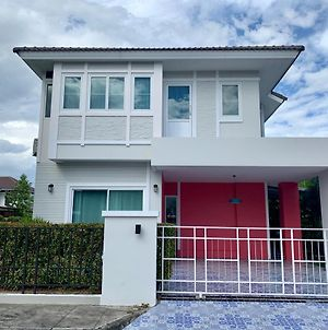 Modern And Comfortable Jinbei Villa 283 photos Exterior