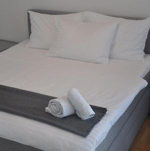 4 Beds And More Vienna Apartments- Business Trips Contactless Check-In photos Exterior