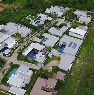 Sea Breeze Villas Hua Hin photos Exterior