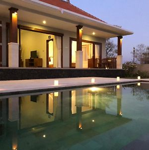 Anyar Beach Villa photos Exterior