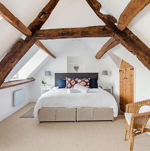 Spacious Cotswold High Street Apartment In Burford photos Exterior