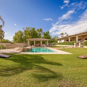 New Listing! Expansive Estate With Pool & Spa Home photos Exterior
