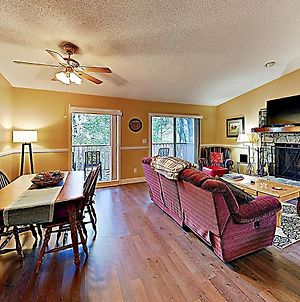 New Listing! Two-Unit Rumbling Bald Resort Retreat Townhouse photos Exterior