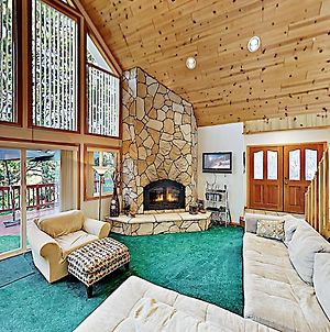Alpine Getaway: Hot Tub, Game Room, Beach Access Home photos Exterior