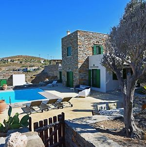 Family Villa With A Swimming Pool And Sea View In The Area Of Otzia photos Exterior