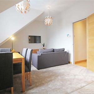 Hunters Walk - Luxury Central Chester Apartment - Free Parking photos Exterior