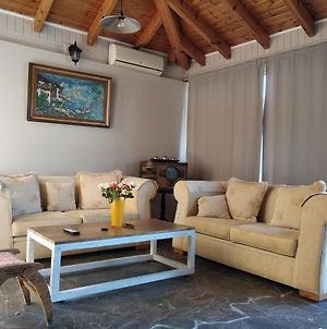 Alternative Country House 10 Minutes From Athens Airport photos Exterior