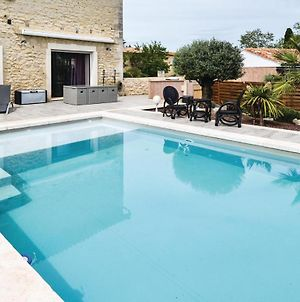 Beautiful Home In Beaucaire W/ Wifi, Outdoor Swimming Pool And 2 Bedrooms photos Exterior